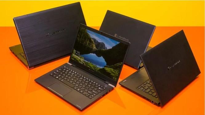 Chiếc laptop mà Sharp giới thiệu đến người tiêu dùng trong triển lãm CES 2020 (Ảnh: Cnet)