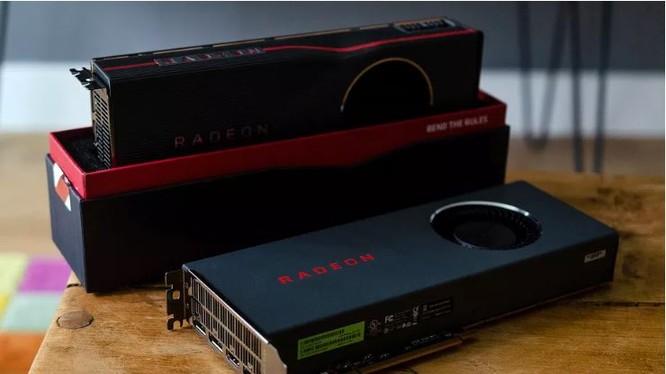Card màn hình RX 5700 của AMD (Ảnh: The Verge)