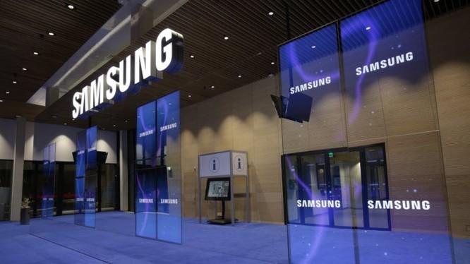 Samsung ngừng sản xuất tấm nền LCD (AnhrL Gizchina)