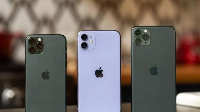 Sẽ có 4 phiên bản của iPhone 12 được ra mắt trong tháng 9 tới (Ảnh: The Verge)