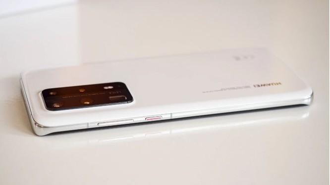 Qualcomm đang rất muốn bán chip cho Huawei (Ảnh: Phonearena)