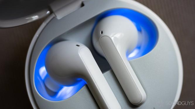 Tai nghe true wireless đang dần trở thành xu thế (Ảnh: Sound Guys)