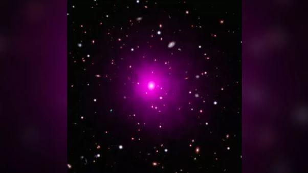 Hố đen vũ trụ (Ảnh: Live Science)