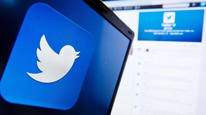 Twitter có những động thái nhằm xử lý fake news (Ảnh: Gizmodo)