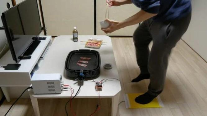 Loại bếp nướng độc đáo hoạt động bằng năng lượng tạo ra từ việc vận động (Ảnh: OC)