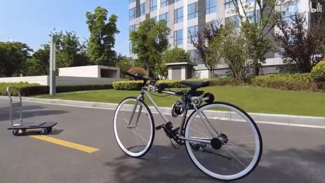 Chiếc xe đạp có khả năng tự cân bằng (Ảnh: OC)