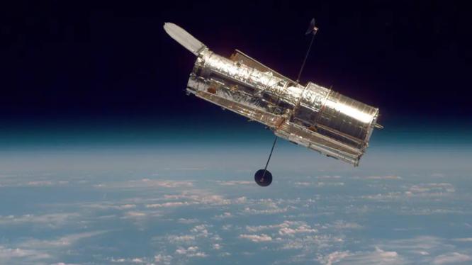 Kính viễn vọng Hubble của NASA (Ảnh: Yahoo)