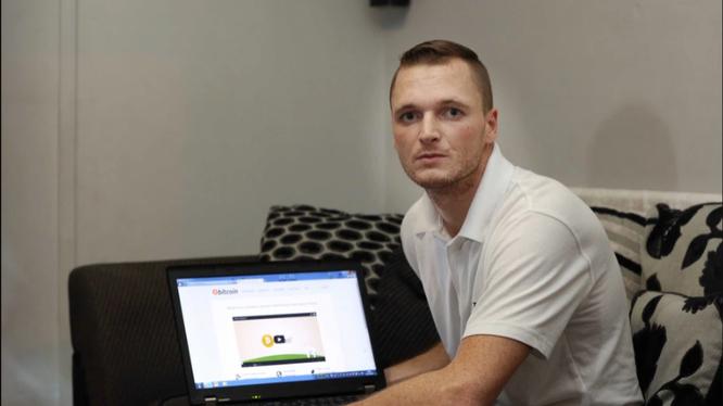 James Howells, người đang tìm kiếm ổ cứng chứa số Bitcoin trị giá 275 triệu bảng Anh (Ảnh: The Sun)