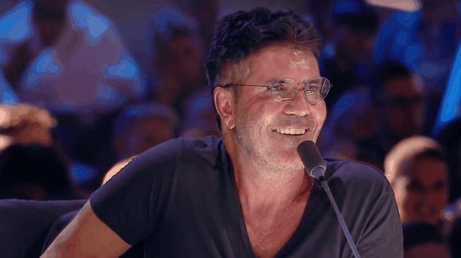 Simon Cowell quen thuộc với khán giả khi ông là giám khảo của nhiều chương trình truyền hình nổi tiếng