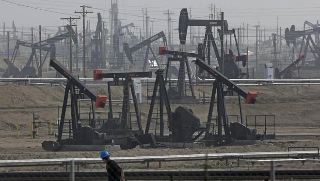 Chính phủ Mỹ mong muốn Ả Rập Saudi có thể cắt giảm sản lượng dầu thô càng sớm càng tốt