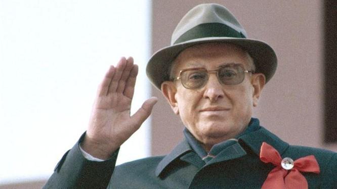 Y.Andropov-người có thể mở ra kỷ nguyên mới ở Liên Xô (Ảnh: TACC)