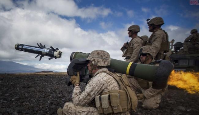 Tên lửa chống tăng có điều khiển FGM-148 Javelin do Mỹ sản xuất