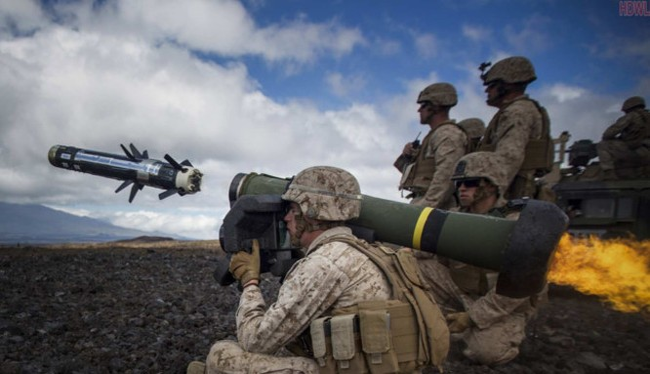 Mỹ cung cấp tên lửa chống tăng Javelin cho quân đội Ukraine