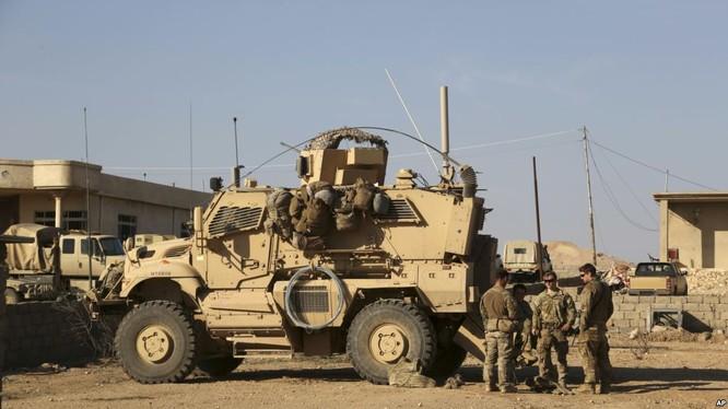 Lính đặc nhiệm Mỹ đang trực tiếp yểm trợ người Kurd trên chiến trường Syria