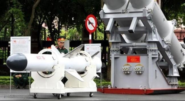 Tên lửa KCT (phiên bản Kh-35U) do Việt Nam tự chế tạo theo giấy phép của Nga