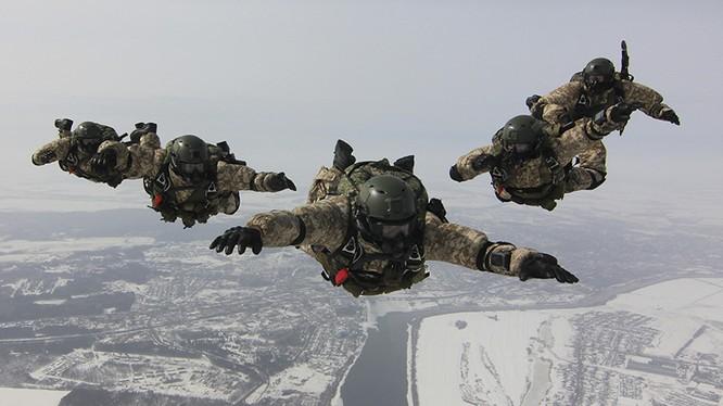 KSSO của Nga được kỳ vọng sẽ là đối thủ xứng tầm với lực lượng Delta của Mỹ.