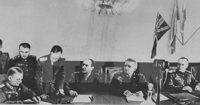 Thiên tài quân sự Stalin đã lừa cả tình báo Đức lẫn Liên Xô như thế nào?