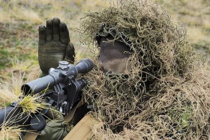 Xạ thủ bắn tỉa Nga xung trận đập tan phiến quân Syria tập kích ở Palmyra