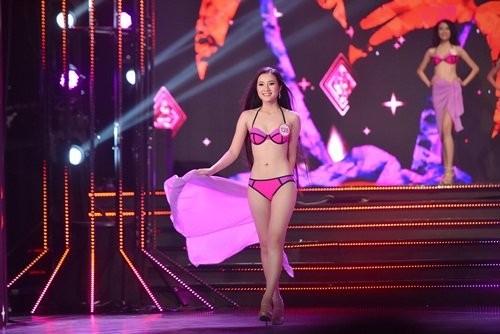 18 thí sinh hoa hậu VN mặc bikini đọ đường cong sexy