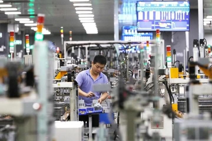 """Nguồn cung chip khan hiếm, ngành sản xuất đồ gia dụng Trung Quốc """"hứng đạn"""""""
