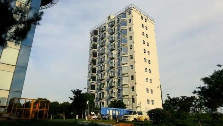 Cận cảnh tòa nhà 10 tầng được xây dựng chỉ trong…hơn 1 ngày ở Trung Quốc