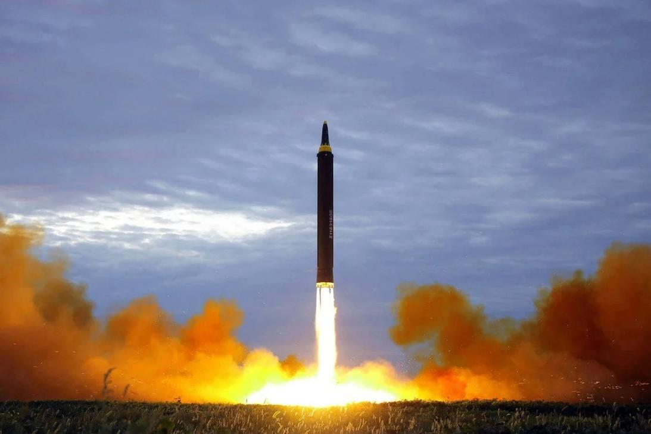 Mắc kẹt giữa đối đầu Mỹ-Trung, châu Á đang lao vào cuộc chạy đua tên lửa
