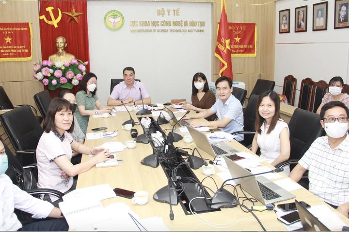 Việt Nam tham vấn ý kiến của chuyên gia quốc tế để phê duyệt khẩn cấp vaccine phòng COVID-19