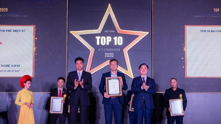 SAVIS được VINASA vinh danh tại 2 hạng mục Top 10 doanh nghiệp CNTT hàng đầu