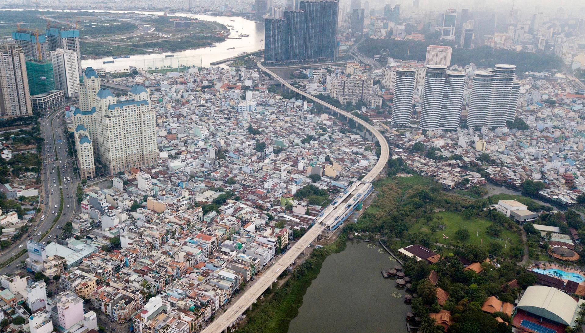 TP.HCM đang thất thế trong cuộc đua với các đô thị lớn trong khu vực. Ảnh: Zing.