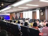 Lãnh đạo NHNN trao Quyết định cho tân Chủ tịch HĐQT BIDV Phan Đức Tú.