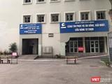 Phong tỏa nhà ăn của BV Hữu Nghị và cách ly khẩn cấp các nhân viên của Công ty TNHH Trường Sinh làm việc tại đây (ảnh: Thu Thủy)
