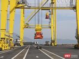 Sau năm 2020, Cảng Liê Chiểu sẽ từng bước phát triển để đảm nhận vai trò khu bến chính của cảng cửa ngõ quốc tế tại khu vực miền Trung, tiếp nhận tàu có trọng tải 100.000 tấn. Tàu container có sức chở từ 6.000-8.000 TEUS.