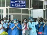 Bệnh nhân mắc COVID-19 thứ 135 điều trị tại Đà Nẵng tại buổi xuất viện