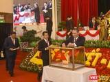 Các đại biểu bỏ phiếu bầu Ban Chấp hành Đảng bộ TP Đà Nẵng khoá XXII.