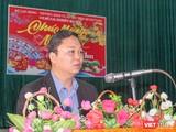 Ông Lê Trí Thanh - Chủ tịch UBND tỉnh Quảng Nam tại buổi trò chuyện với hàng trăm học viên tại Trung tâm Cai nghiện ma túy tỉnh Quảng Nam.