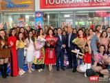 Lãnh đạo Sở Du lịch Đà Nẵng ra tận sân bay đón đoàn khách du lịch MICE trong những ngày đầu năm mới 2021