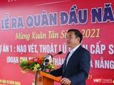 Ông Lê Trung Chinh - Chủ tịch UBND TP Đà Nẵng phát biểu tại lễ ra quân đầu năm Tiểu dự án nạo vét, thoát lũ khẩn cấp sông Cổ Cò