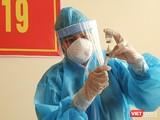 Lực lượng y tế tiêm vaccine phòng COVID-19 cho các đối tượng tuyến đầu trên địa bàn TP Đà Nẵng