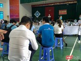 Quang cảnh buổi tiêm vaccine COVID-19 đợt 3 cho các đối tượng ưu tiên tại Quảng Nam
