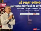 Ông Nguyễn Minh Hồng - Chủ tịch Hội Truyền thông số Việt Nam phát biểu khai mạc họp báo phát động Giải thưởng Chuyển đổi số 2021 tại TP.HCM sáng 1/4 (Ảnh: Hữu Vinh)