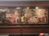 """Bức tranh """"Vườn xuân Trung Nam Bắc"""" của danh họa Nguyễn Gia Trí trước khi được """"vệ sinh"""""""