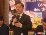 Ông Nguyễn Văn Phước - giám đốc First News Trí Việt đau đầu vì sách lâu