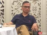 Nguyễn Hữu Liêm, tiến sĩ luật khoa, tiến sĩ triết học, hiện ông là giáo sư triết học tại San Jose City College, California.