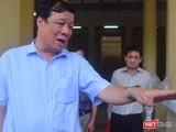Doanh nhân Ngô Nhật Phương bên ngoài phiên tòa sơ thẩm lần 2