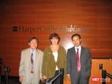 Ông Nguyễn Văn Phước, Giám đốc First News Trí Việt và đại diện NXB Harper Collin