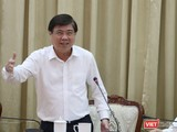 Chủ tịch UBND TP.HCM Nguyễn Thành Phong chỉ đạo cuộc họp (Ảnh: Sỹ Đông)