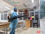 Phun khử sát khuẩn tại các trường trên địa bàn TP.HCM (Ảnh: HB)