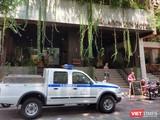 Khách sạn có bệnh nhân COVID-19 từng lưu trú nay bị phong tỏa (Ảnh: Hòa Bình)