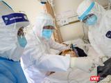 Can thiệp ECMO cứu bệnh nhân 91 đang nguy kịch (Ảnh: BYT)