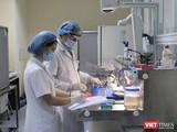 Đẩy nhanh tốc độ xét nghiệm SARS-CoV-2 để thực hiện phòng, chống dịch COVID-19 (Ảnh: BVE)